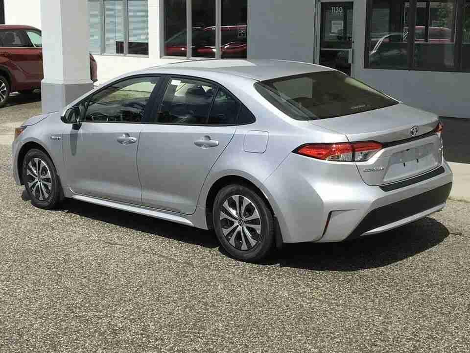 Toyota Corolla Hybrid rear quarter