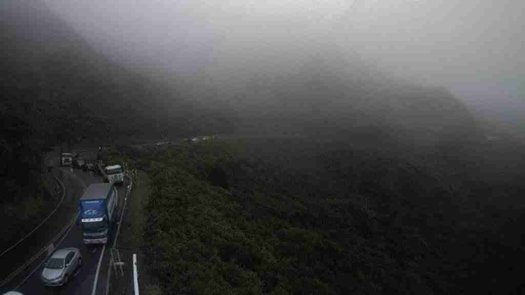 Read more about the article Car overturns on SH2, Remutaka Hill road