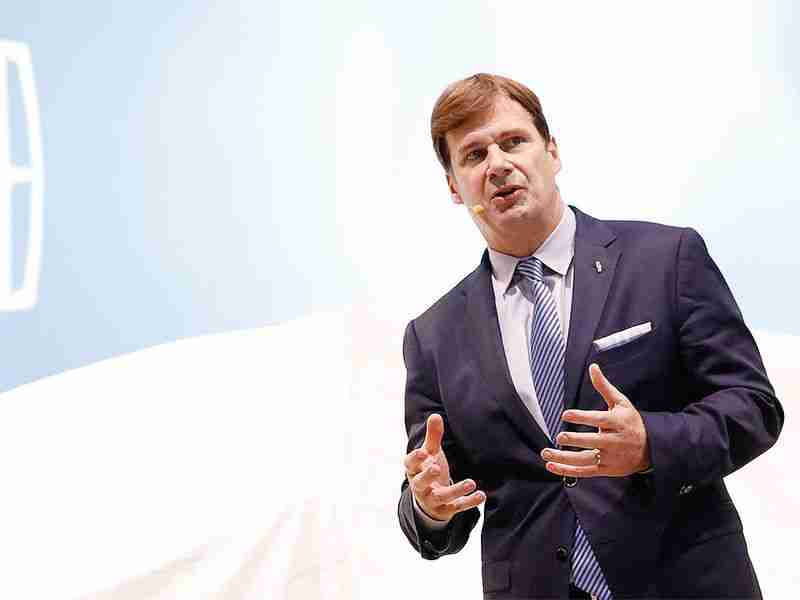 Read more about the article One year in, Jim Farley has Ford on the move