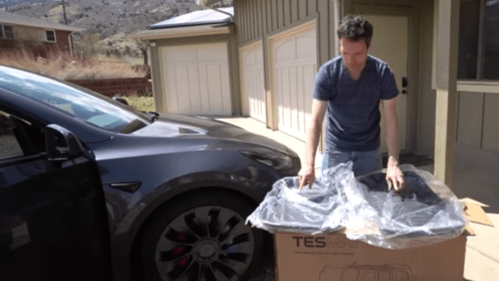 Read more about the article Review of Tesmanian Tesla Model Y Floor Mats −